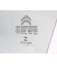 Vidro Porta Dianteira Esquerda Citroen Aircross Usado